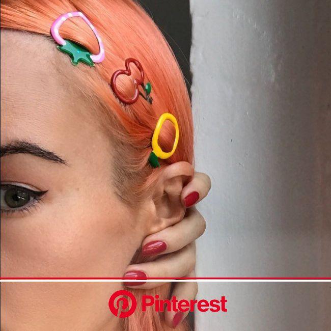Barrettes cheveux:comment adopter la coiffure la plusninetiesqui soit? | Bijoux cheveux, Barrette cheveux, Accessoires cheveux
