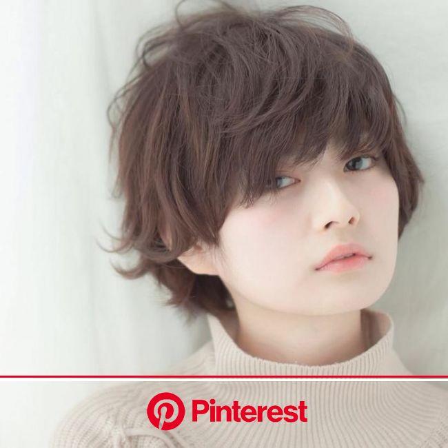大人も似合う最新アシメ前髪30選|ショート、ボブ、切り方も | キナリノ | ショートのヘアスタイル, 美髪, ヘアスタイル
