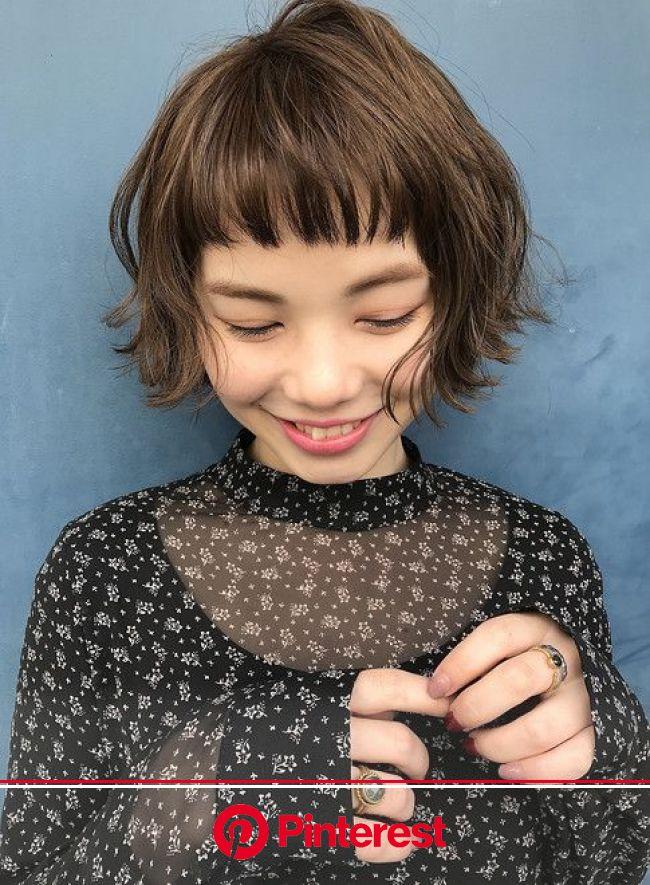 波ウェーブ×グレージュ×ボブ (髪型ショートヘア) | ボブパーマ, ヘアスタイル, 髪型
