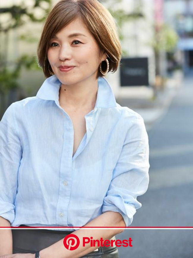 王道「シャツ×タイトスカート」は素材をMIXして新鮮な表情に | おしゃれのヒントは、やっぱり街にある SNAP! SNAP! | mi-mollet(ミモレ) | 明日の私は、もっと楽しい | 美人 髪型, 髪型, スタイル