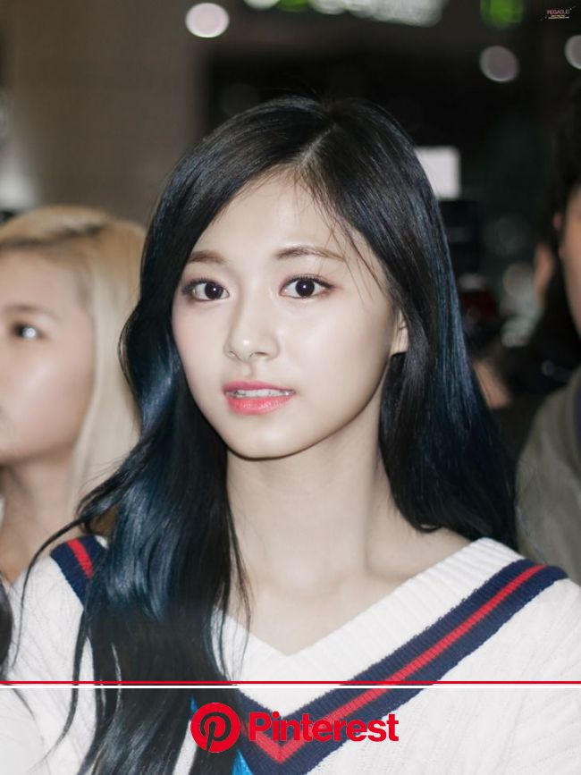 [2016.04.09] Gimpo Airport Departure, Haneda Airport Arrival | Tzuyu twice, Beauty, Asian beauty