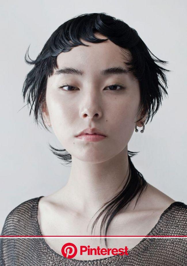 KHA 関西ヘアドレッシングアワード 2015 フューチャースター部門 受賞作品ギャラリー -ガモウ関西- | ヘアドレッシング, 個性的 髪型, 顔