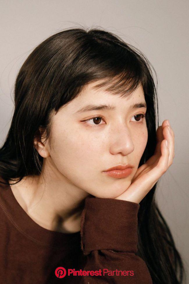 ほんのり赤が今っぽい。この春トライしたい、最旬ブラウンメイク。【メイクレシピ:横田美憧】 - itガールズのセルフメイク&愛用コスメ in 2020 | Girls makeup, Portrait, Makeup