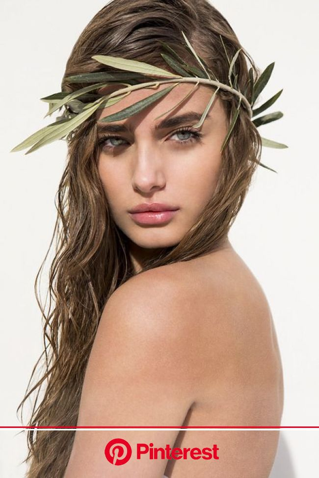 9 Hydrating Face Powders That Never Look Cakey | Taylor marie hill, Taylor hill, Beauty